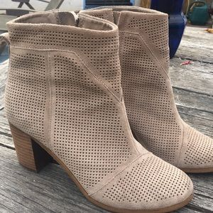 Toms Taupe Lunata Suede/Leather Ankle Booties